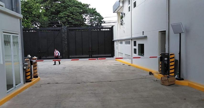 mama sita's, parking barrier, turnstile gate barrier, turnstile system